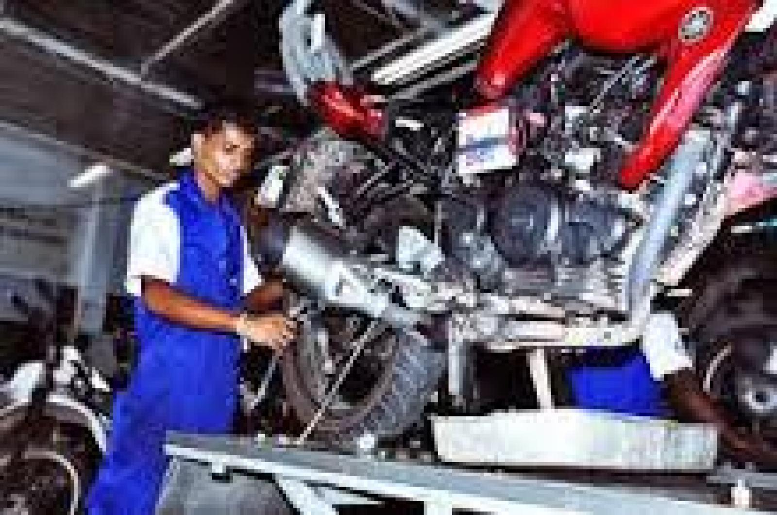 Vicky Sahu    Mechanic