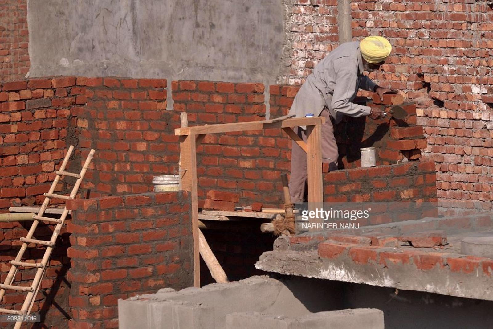 Trimurti Constructions