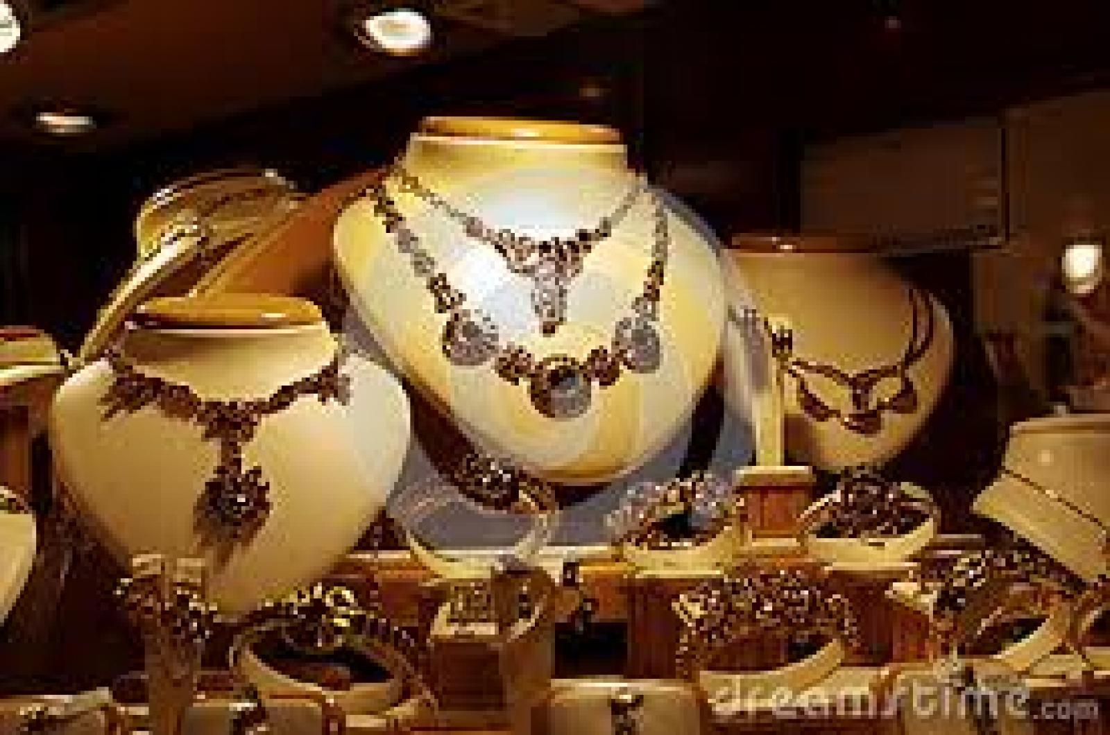 Jewellers Anopchand Bhansali